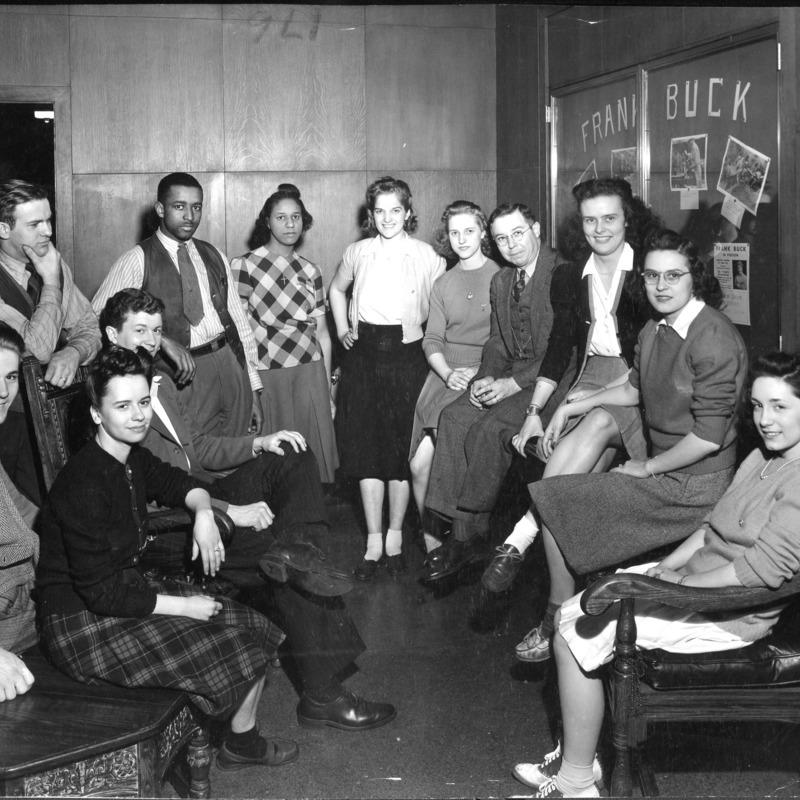 Box_4877_Student-Council-Sept-1943.tif