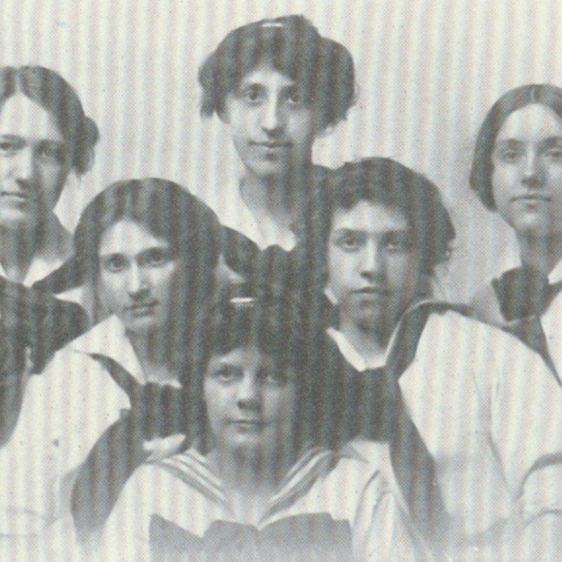 college corse girls basket ball team-1913 copy.tif