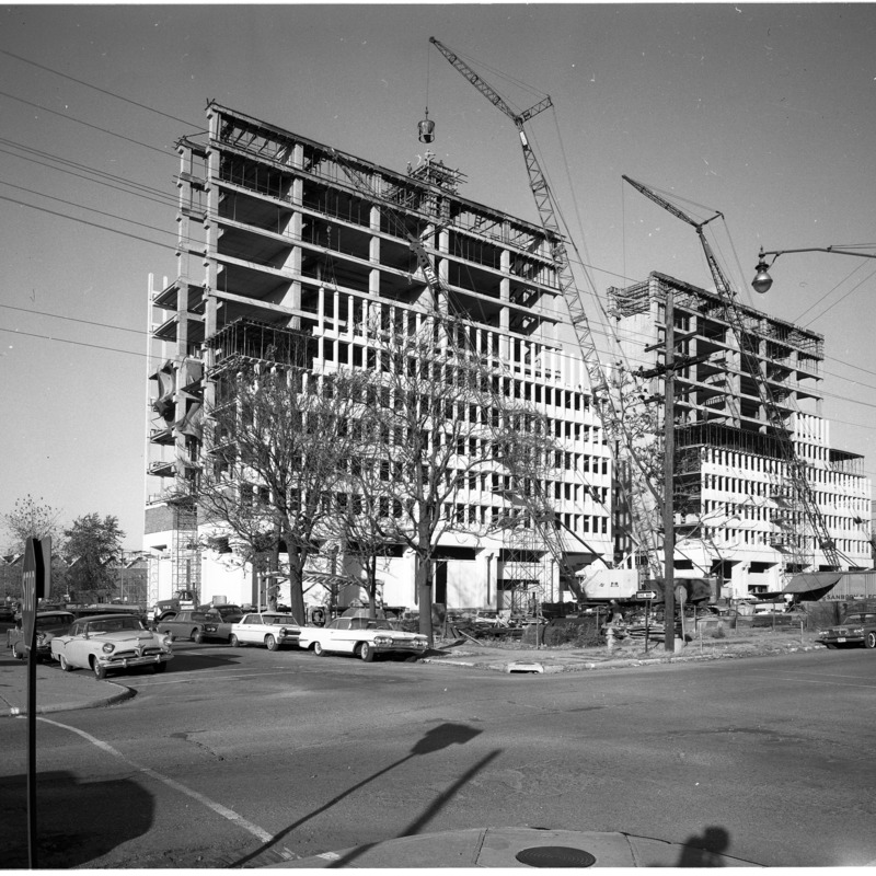 Construction of Cromwell and Blumberg Halls