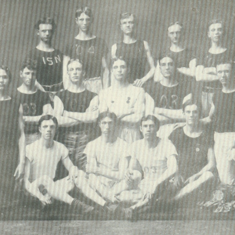 school trcak team-1901.jpg