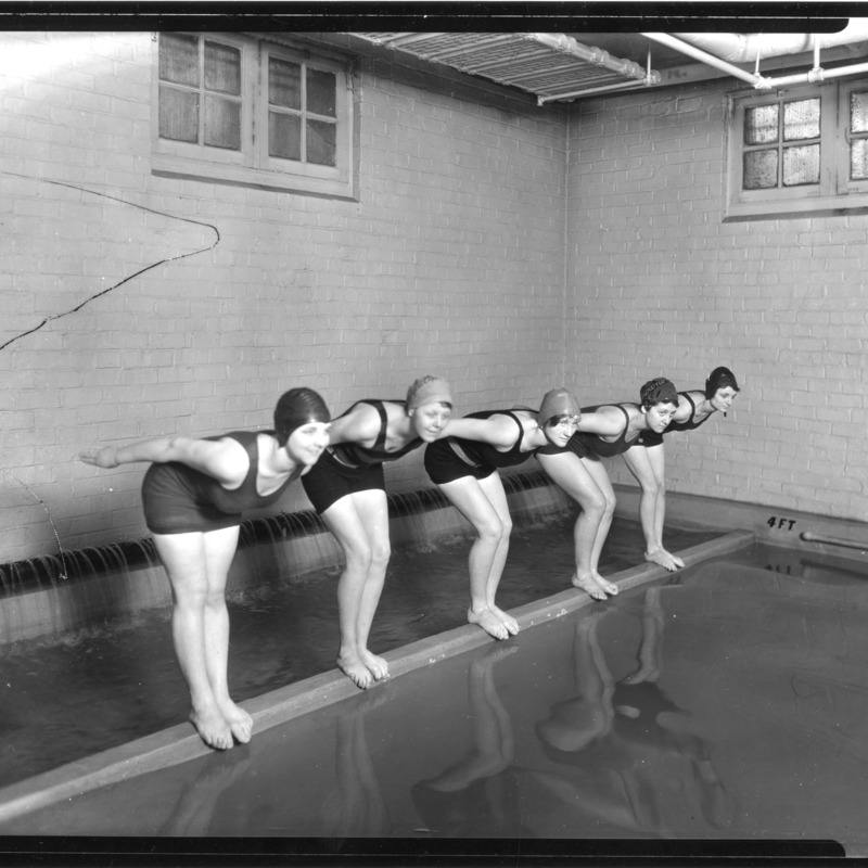 Women's swimming, 1928