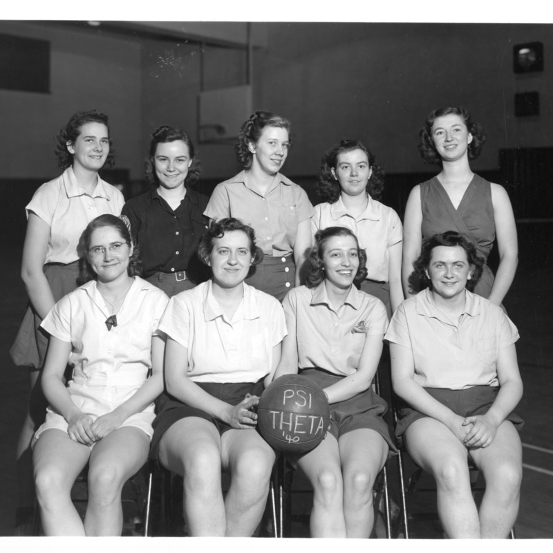 Women's Athletic Association basketball team, 1940