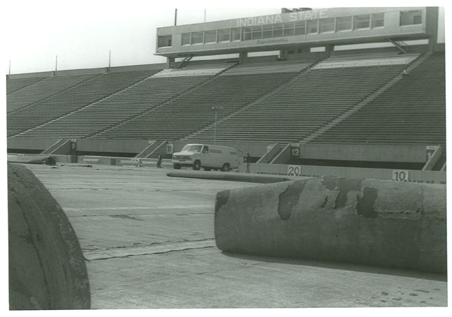 hulman_memorial_stadium_04.jpg